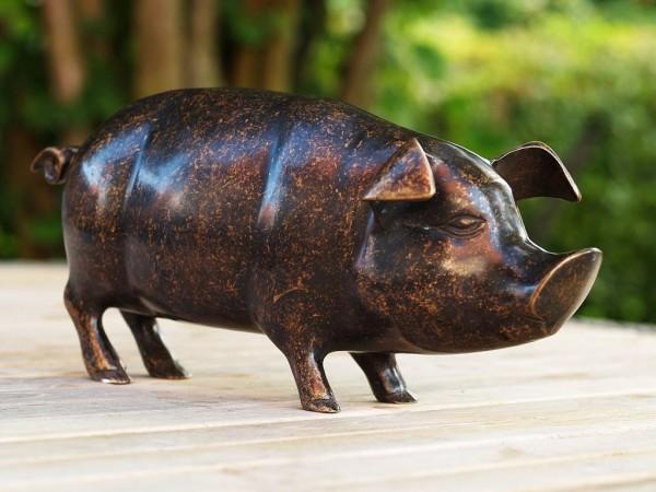 Schwein-Sau-Paula-Bronzefigur-Bronzeskulptur