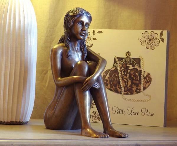 Grita Akt sitzend | Bronzefigur