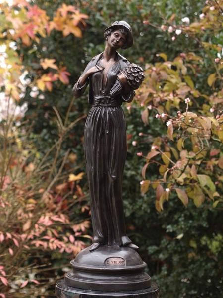 Blumenfrau Odette | Bronzefigur