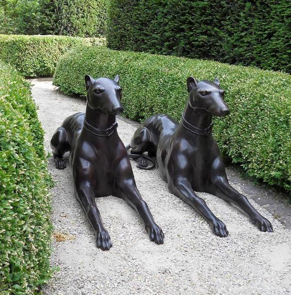 Dobermann-Paar aus Bronze - 120 cm