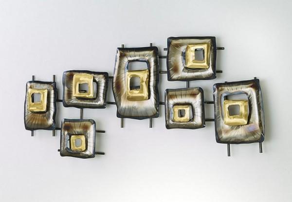 Quatratos Wandbild aus Metall