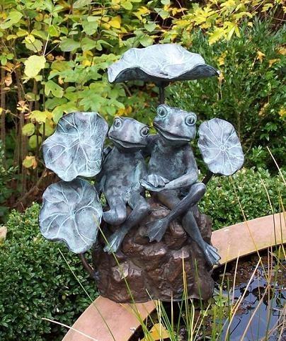 Wasserfountaine-Frosch-mit-Blatt-Bronzefigur